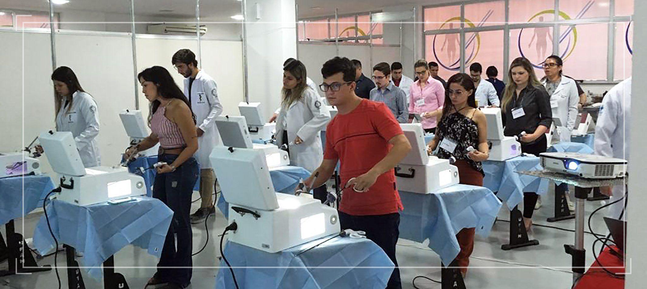 Ufam realiza I Workshop de Treinamento em Videolaparoscopia para residentes em cirurgia