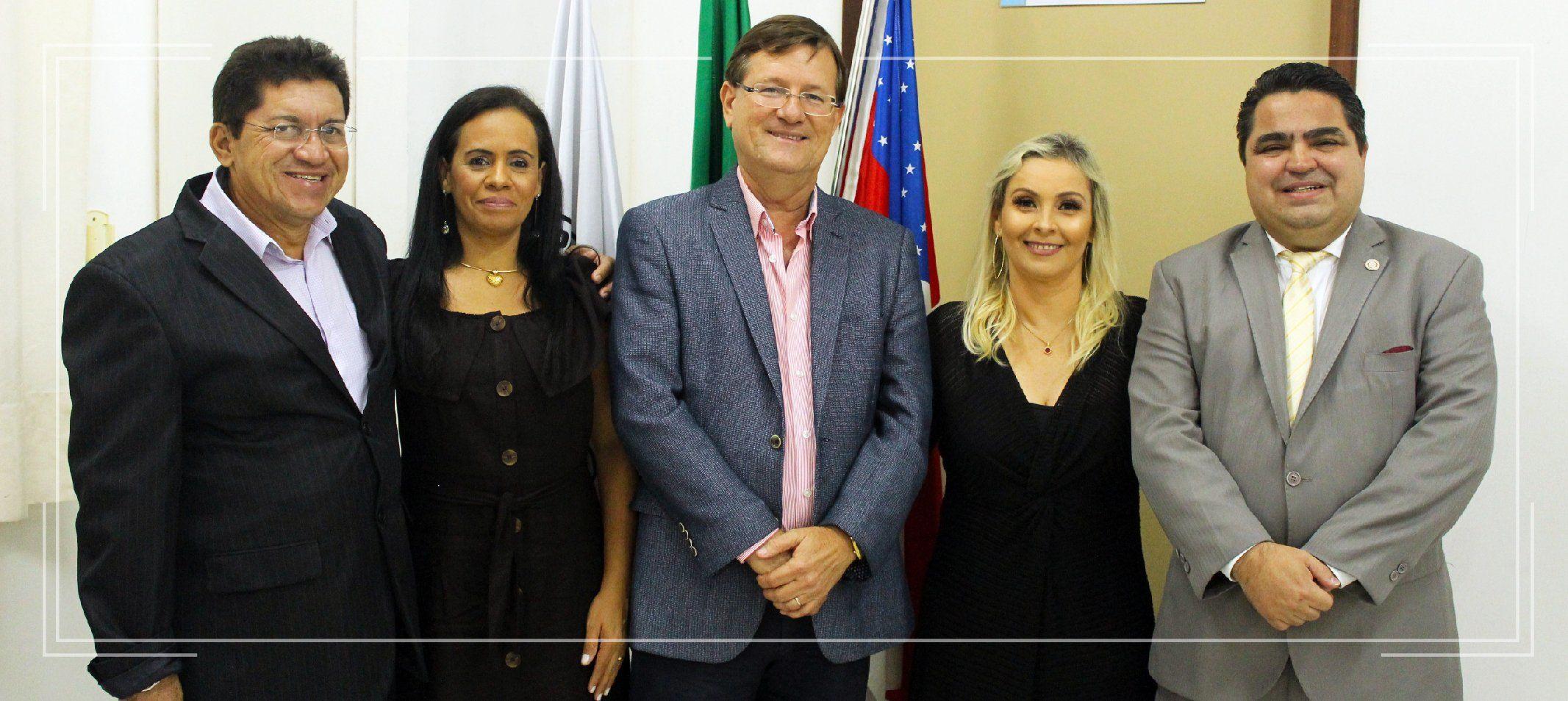 Posse na FCF tem a presença do deputado federal José Ricardo